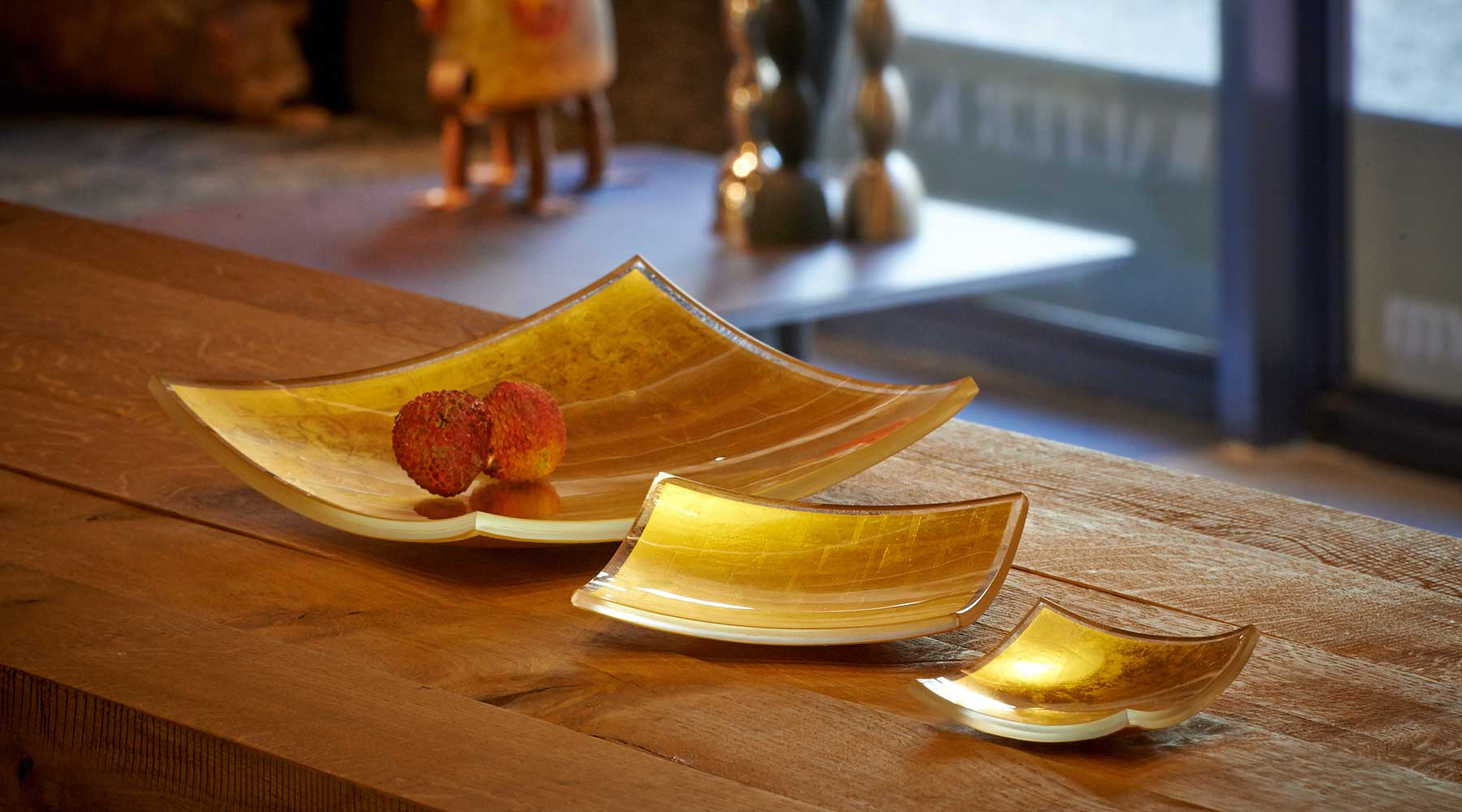 Gold in Glass square-plates